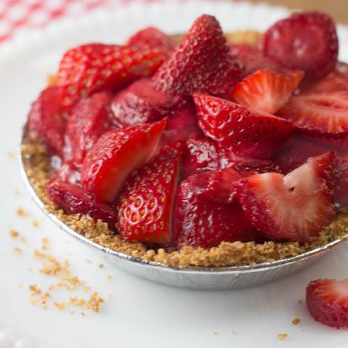 Strawberry icebox pie-0071